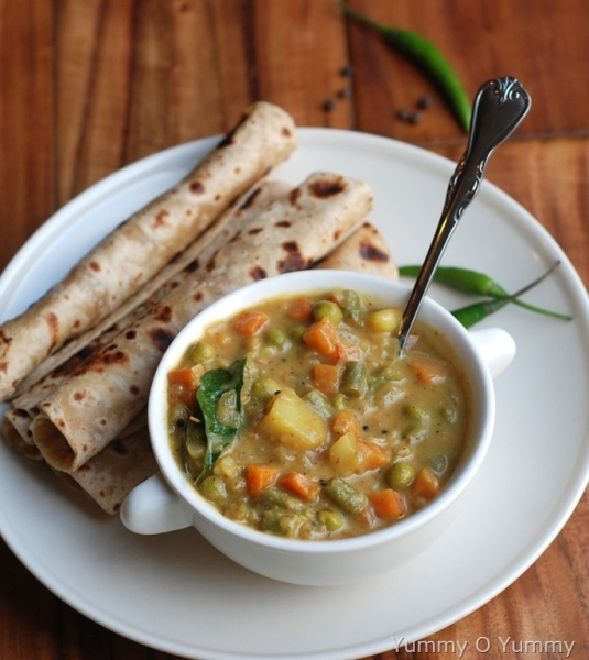 Mix Vegetable Curry With  2 Roti
